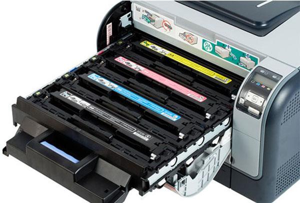 где находится картридж в принтере